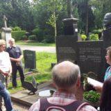 Das Grab von Toni Steingass.