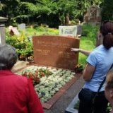 Das Grab von Jupp Schmitz.